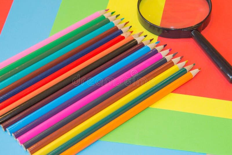Lápices de los colores, coloridos muchos creyones variedad de color imagen de archivo libre de regalías