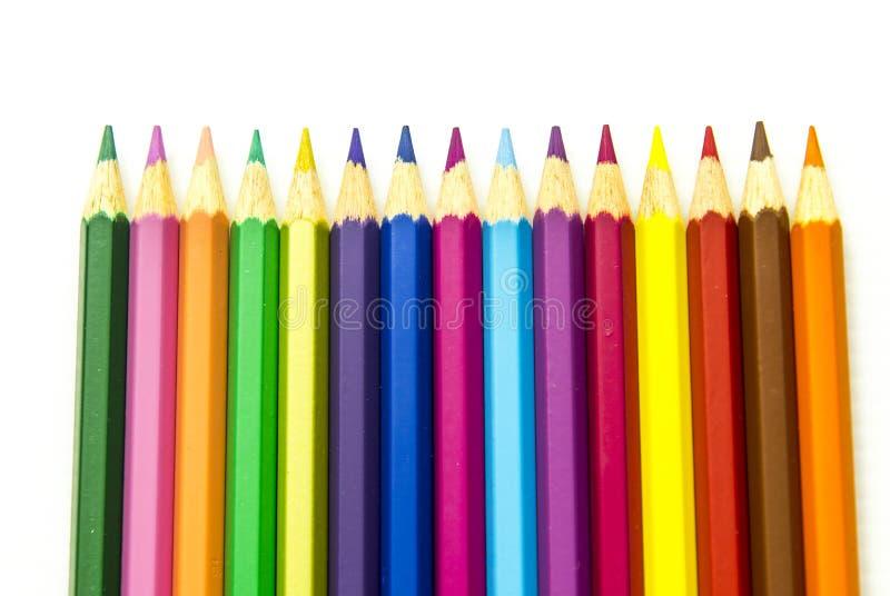 Lápices del color aislados en el fondo blanco foto de archivo