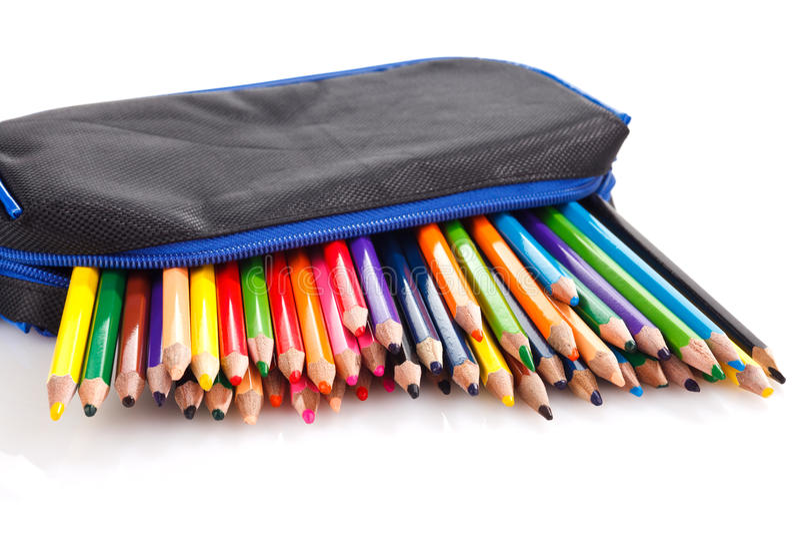 Lápices del color en caso de lápiz foto de archivo