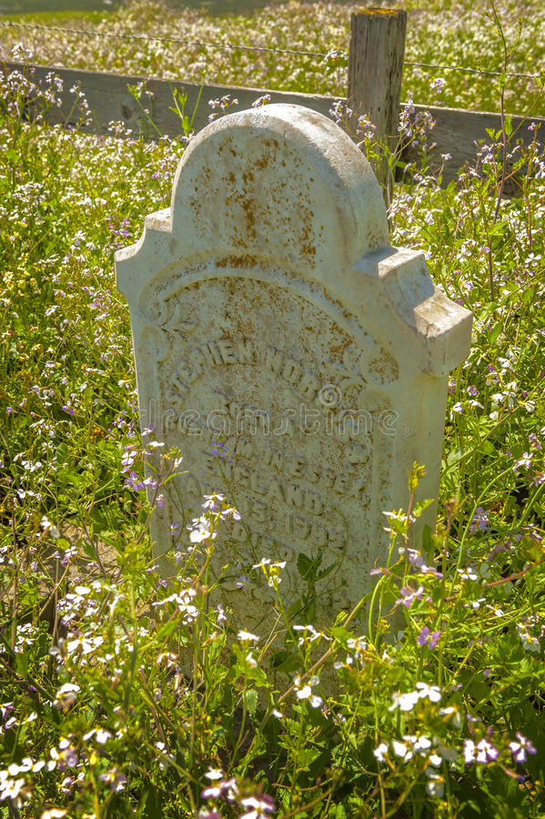Lápida mortuoria histórica de Moss Landing Founders imagenes de archivo