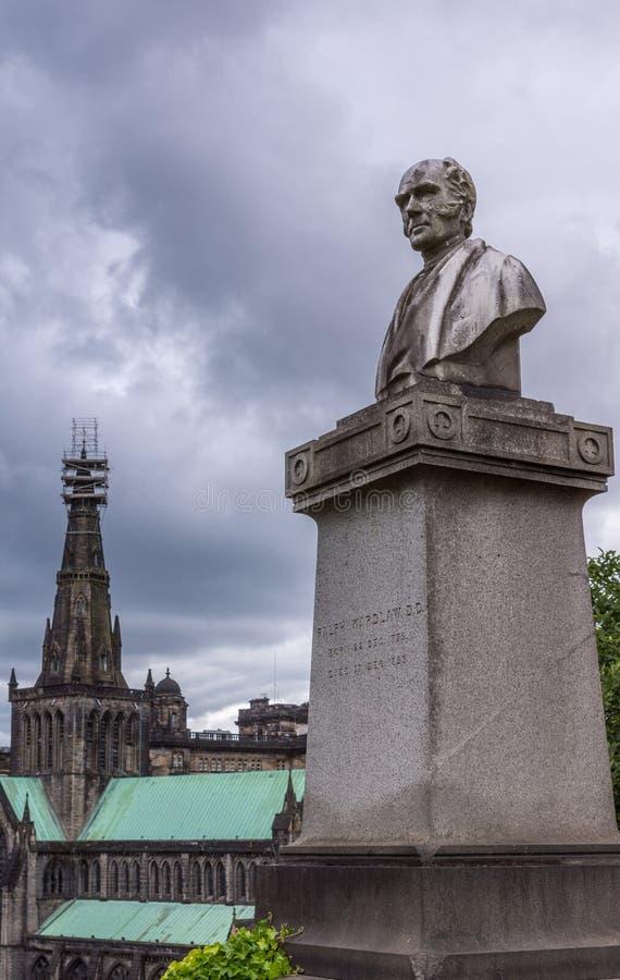 Lápide de Ralph Wardlaw em Glasgow Necropolis, Escócia Reino Unido foto de stock