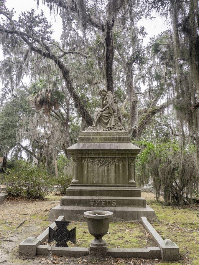 Lápide em Bonaventure Cemetery fotos de stock