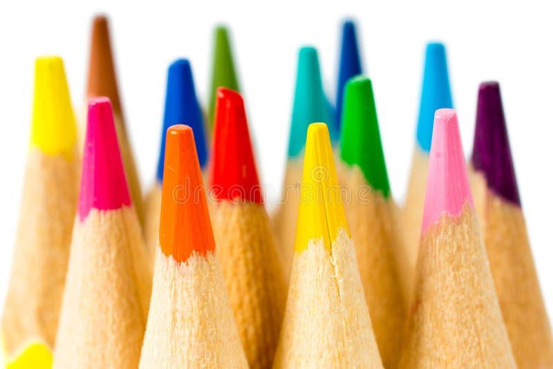 Lápis coloridos novos na perspectiva no fundo branco fotos de stock royalty free