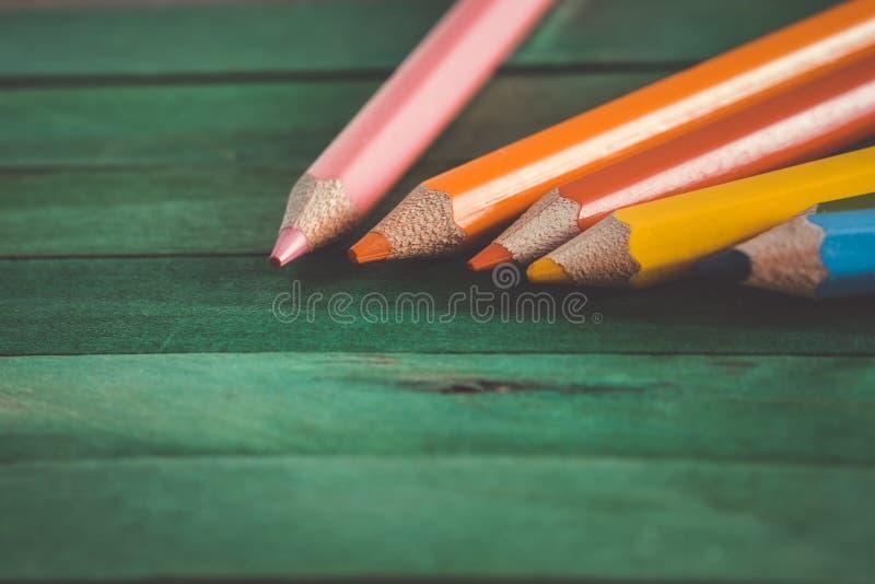 Lápis da cor com vintage retro do efeito do filtro fotografia de stock royalty free