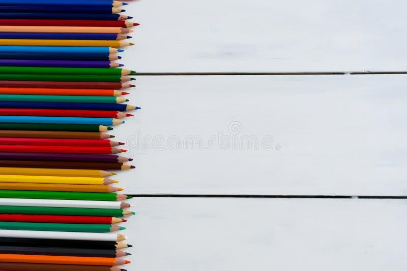 Lápis da cor em um fundo branco fotografia de stock