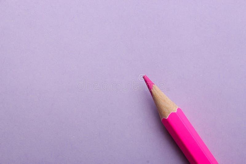 Lápis da cor no fundo colorido imagem de stock royalty free