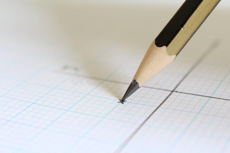 Lápis e gráfico foto de stock