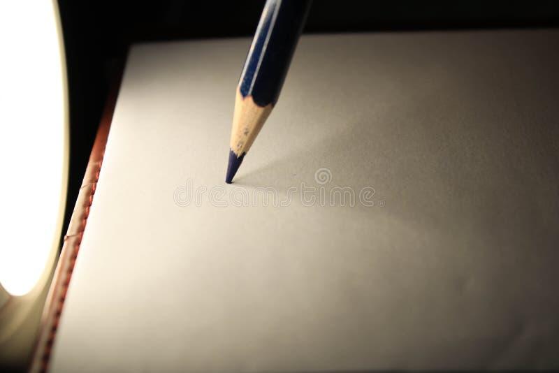 Lápis na folha foto de stock