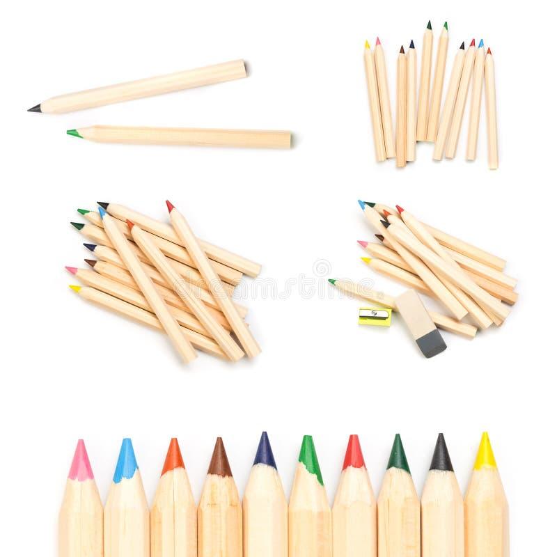 Lápis ordinários coloridos de madeira isolados em um fundo branco, imagem fotos de stock royalty free