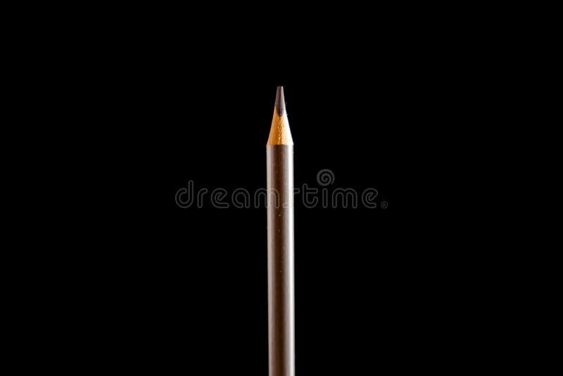 Lápis preto, colorido bonito no fundo preto Logo ? escola De volta ? escola foto de stock