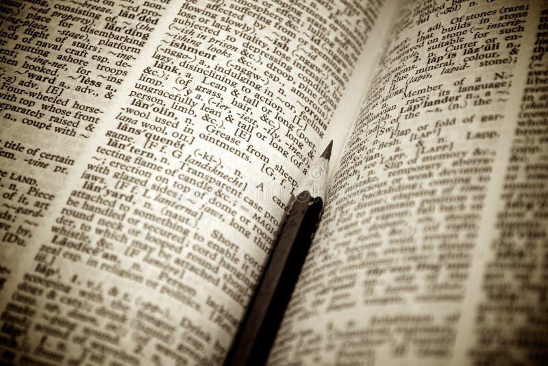 Lápiz como dirección de la Internet en un diccionario imagenes de archivo