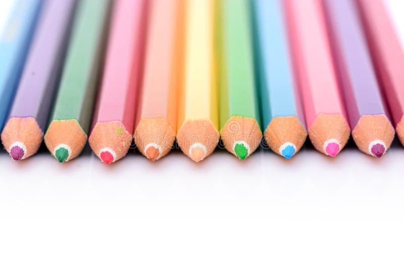 Lápiz en colores pastel colorido imagenes de archivo
