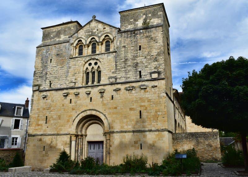 L'église St Etienne - Nevers - la Francia fotografia stock