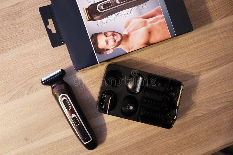 Lâmina elétrica para a rapagem e os cortes de cabelo, os detalhes e o close-up imagem de stock