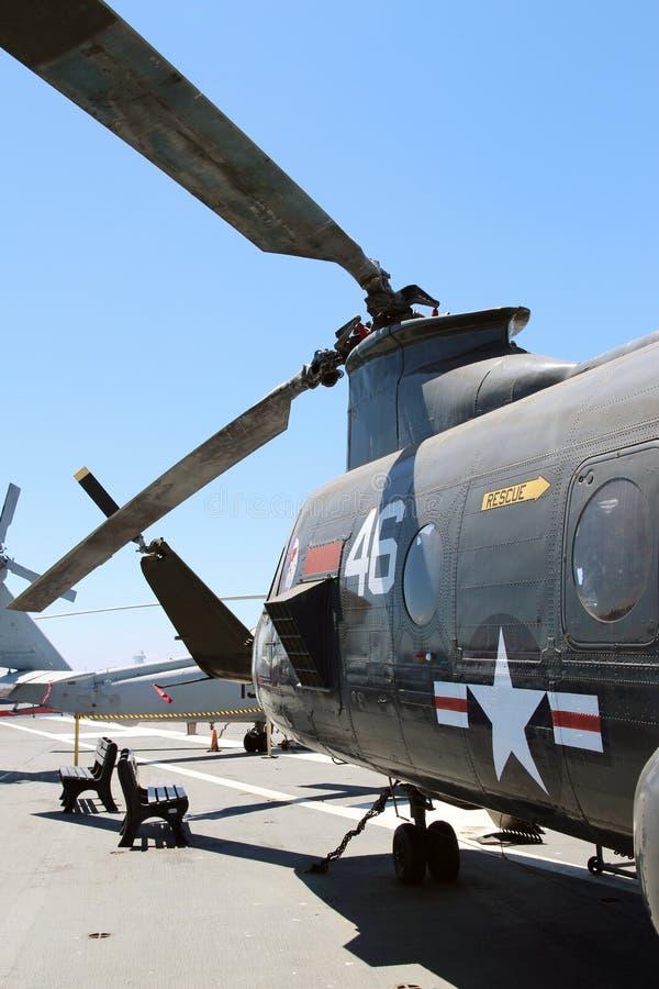 Lâminas de um helicóptero das forças armadas foto de stock