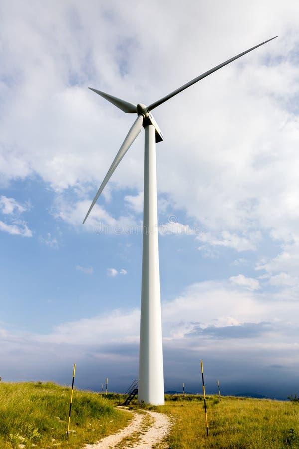 Lâminas do vento em montes doces foto de stock royalty free
