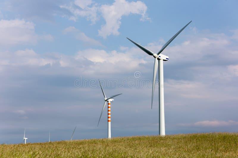 Lâminas do vento em montes doces imagem de stock royalty free