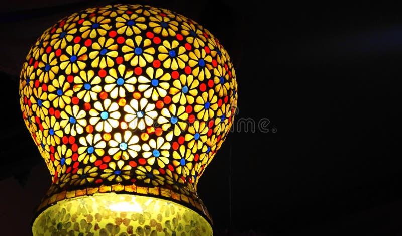 Lâmpada colorida artística na Índia fotos de stock
