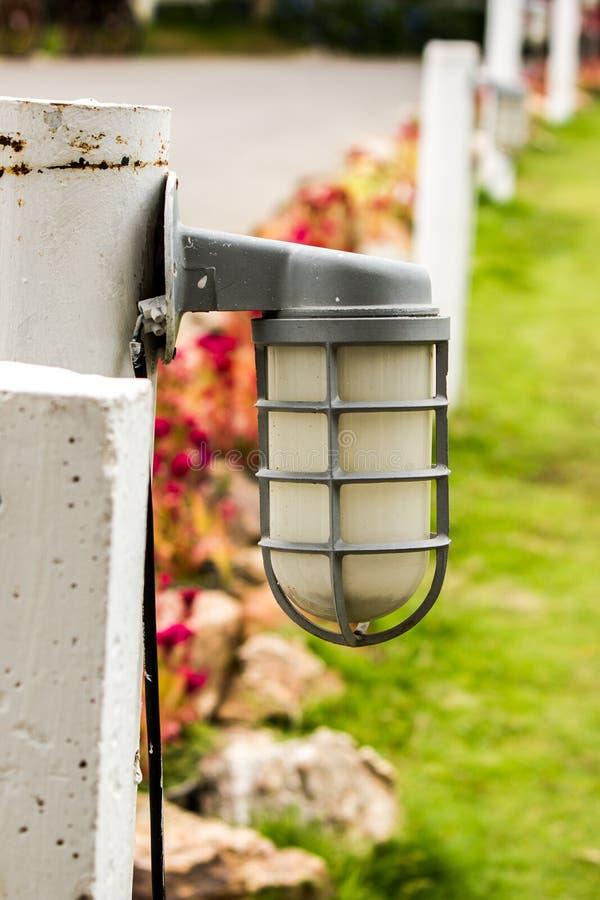 A lâmpada das colunas foto de stock royalty free