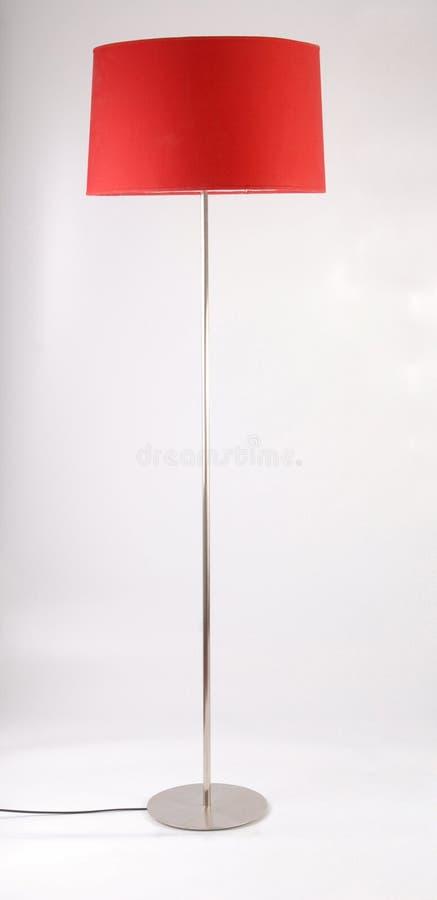 Lâmpada de assoalho vermelha no fundo branco fotos de stock