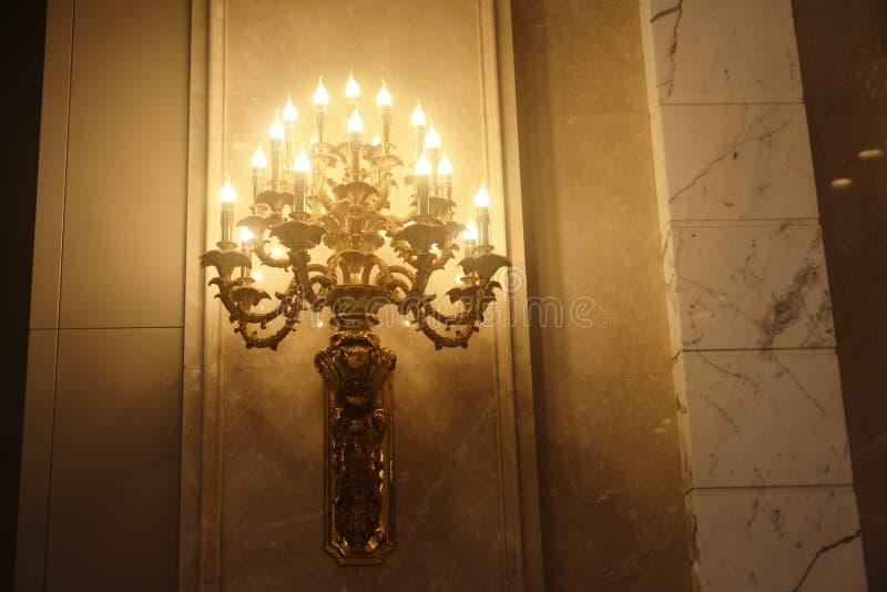 Lâmpada de parede da luz do suporte do encaixe de parede fotografia de stock