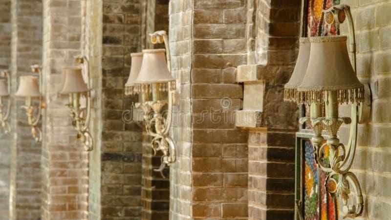 Lâmpada de parede da parede do café fotografia de stock royalty free