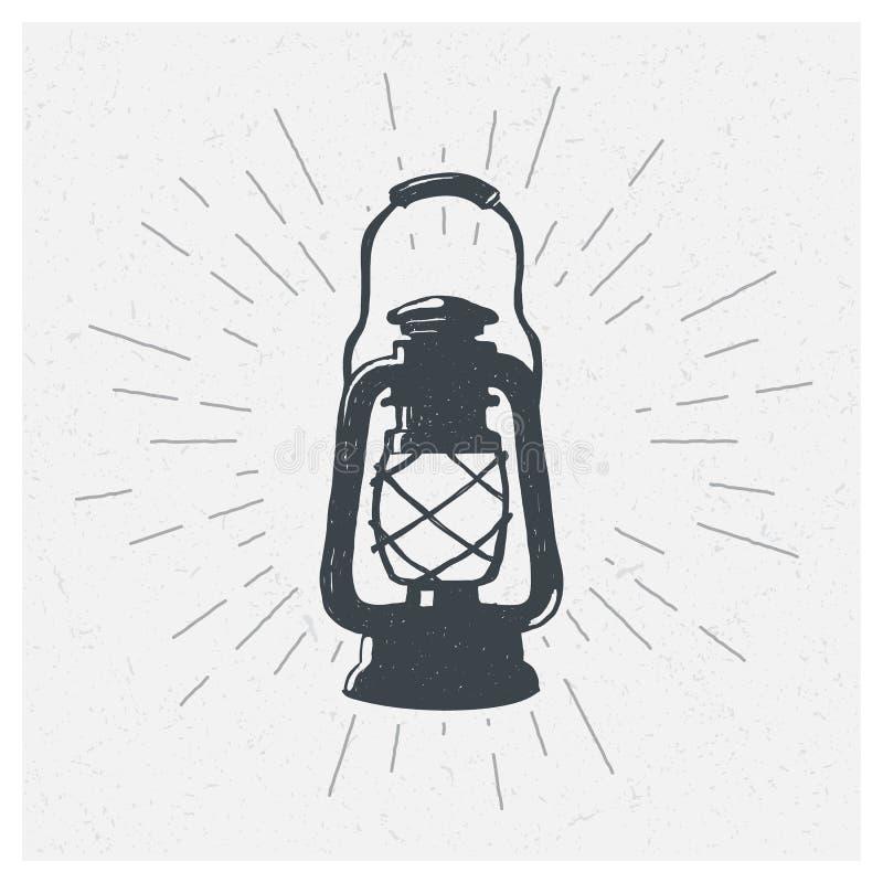 Lâmpada de querosene desenhado à mão do vintage Lanterna do óleo do esboço Ilustração do vetor Cópia do t-shirt poster ilustração royalty free