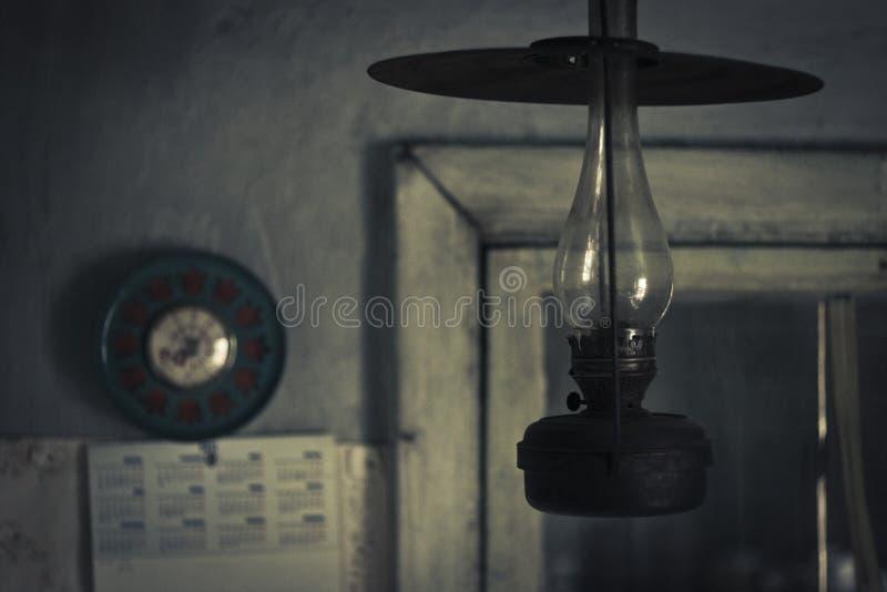 Lâmpada de querosene velha fotos de stock royalty free