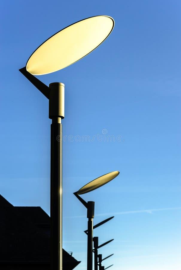 Lâmpada de rua moderna do estilo imagem de stock