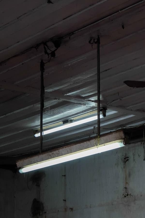 Lâmpada fluorescente fotos de stock