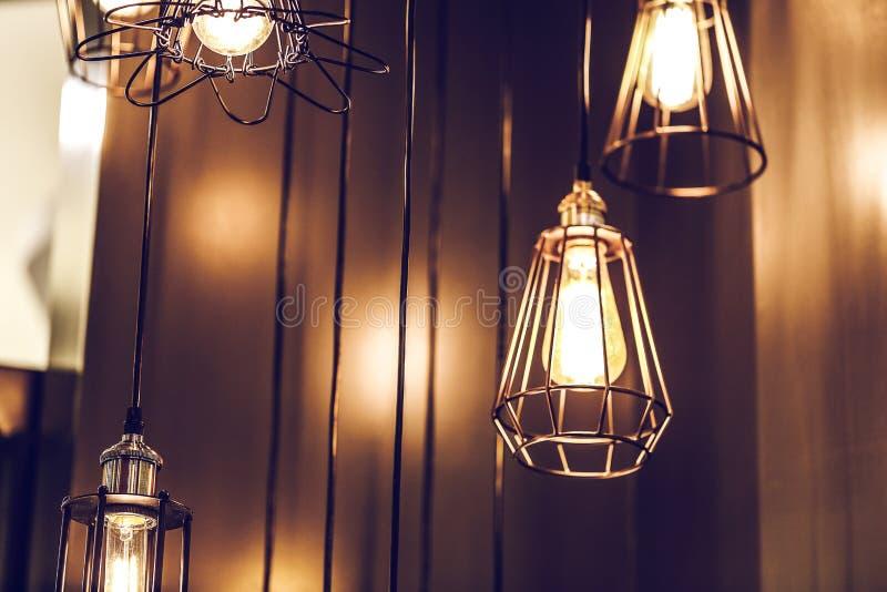 Lâmpada luxuosa da iluminação interior de Tage imagem de stock royalty free