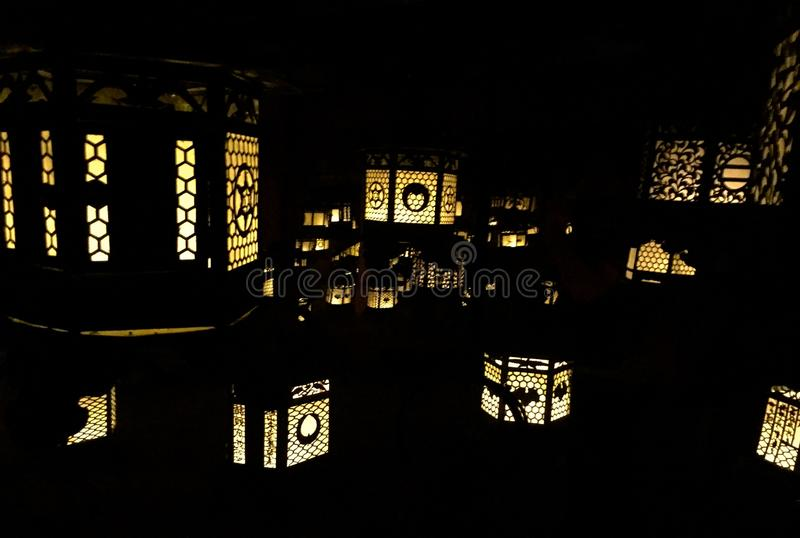 Lâmpadas do templo fotos de stock