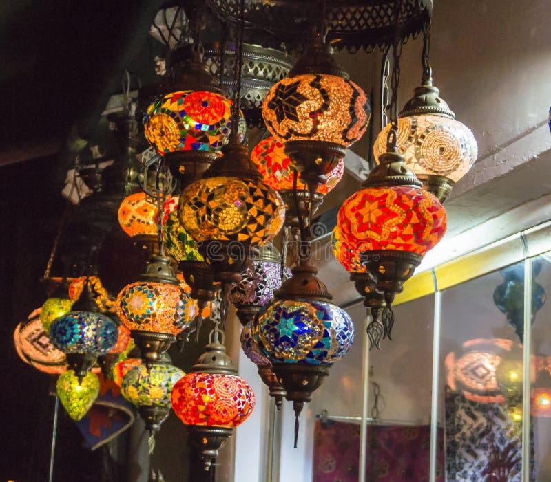 Lâmpadas turcas feitos a mão do vidro de mosaico imagem de stock royalty free