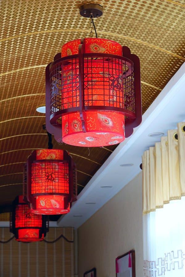 Lâmpadas vermelhas da decoração fotografia de stock royalty free