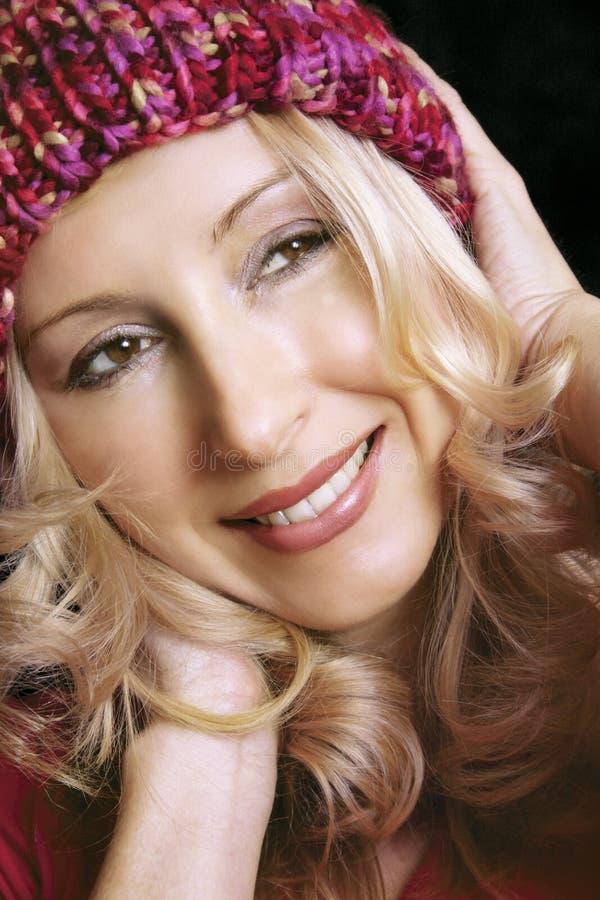 Download Lächeln stockbild. Bild von haar, augen, ruhig, schön, enjoy - 36197