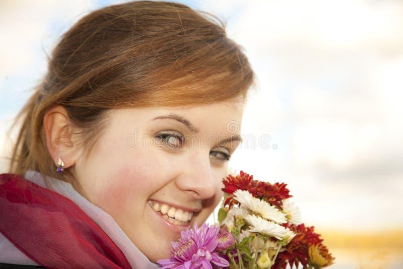Lächeln des Herbstes lizenzfreie stockfotos