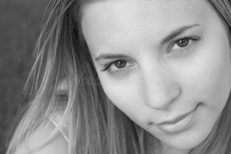 Lächeln-Frau lizenzfreie stockfotos