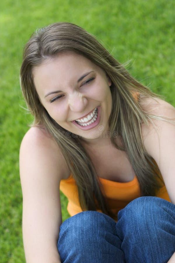 Lächelnde Frau stockbild