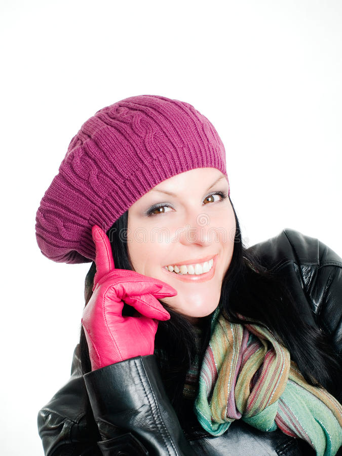 Lächelnde Frau in der Fallkleidung stockbilder