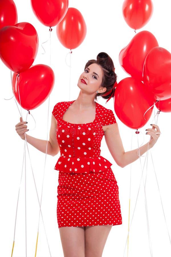 Lächelnde junge attraktive Mädchenfrau mit den roten Lippen lokalisiert stockfotografie