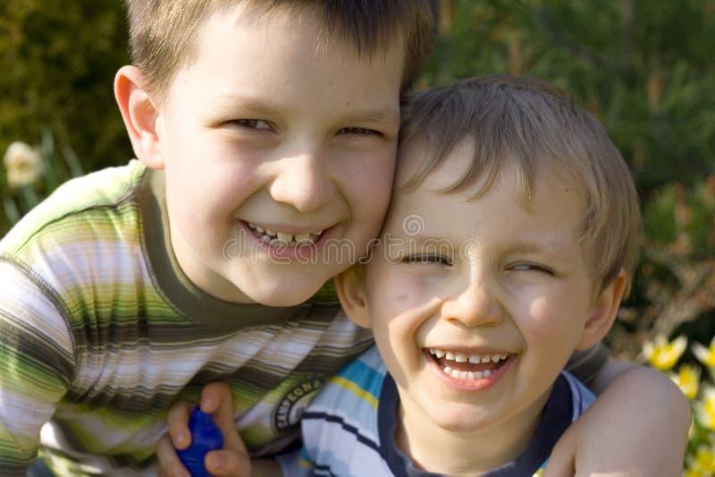 Lächelnde Jungen lizenzfreie stockbilder