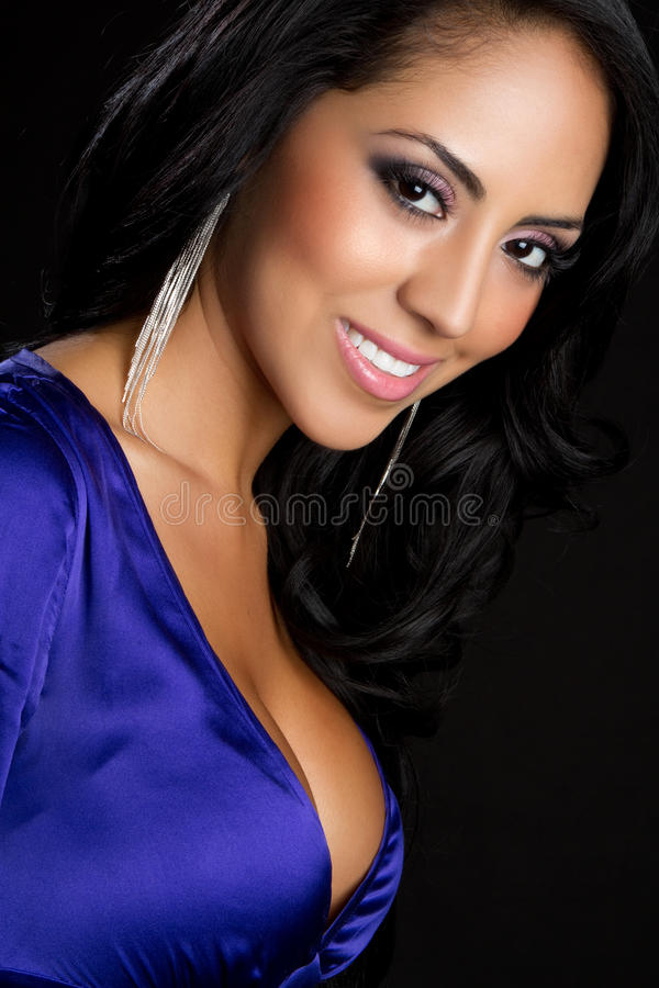 Lächelnde Latina-Frau stockbild