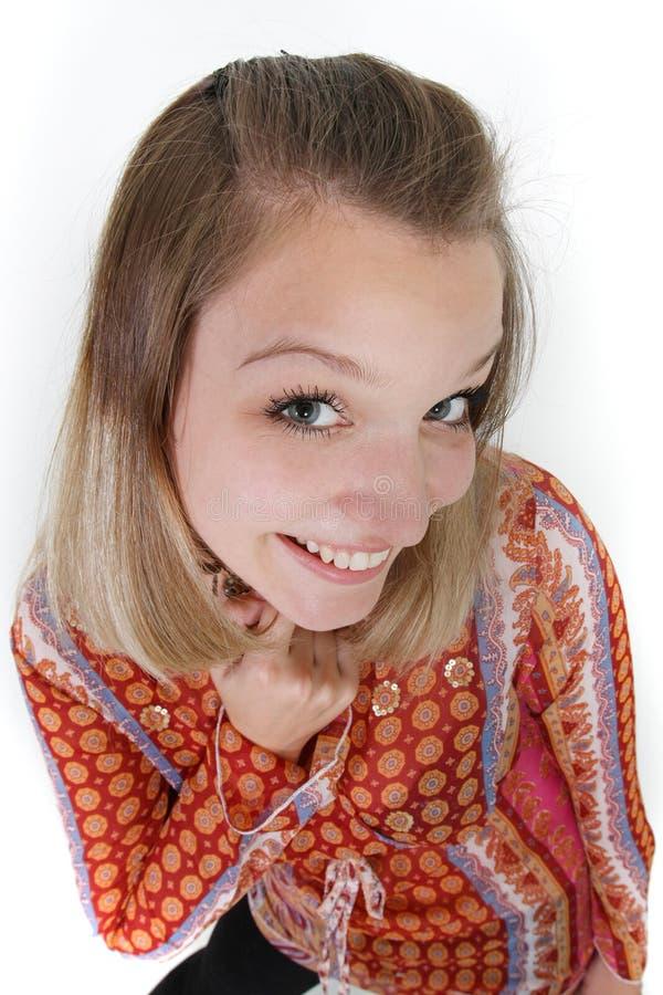Lächelnde lustige junge Frau stockfotografie