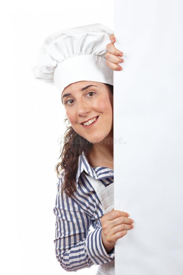 Download Lächelnde Neugierige Kochfrau Stockfoto - Bild von person, glücklich: 12201790