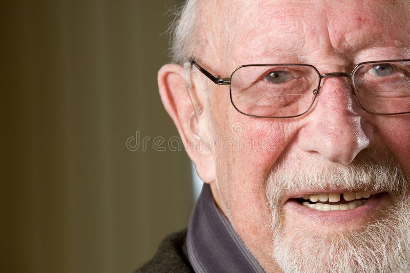 Lächelnder Älterer stockfotografie