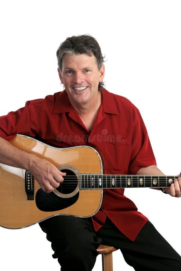 Lächelnder Musiker stockbild