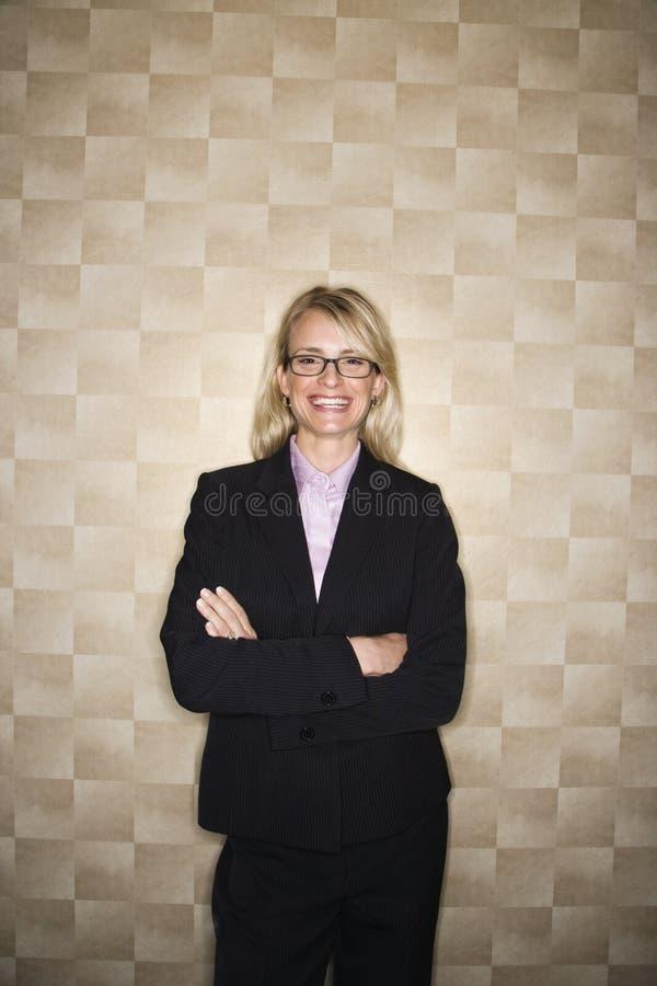Lächelndes Geschäftsfrau-Portrait lizenzfreie stockfotografie