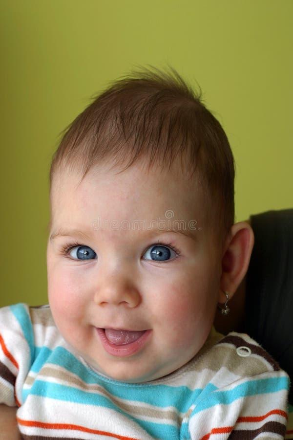 Lächelndes Schätzchen lizenzfreie stockfotos