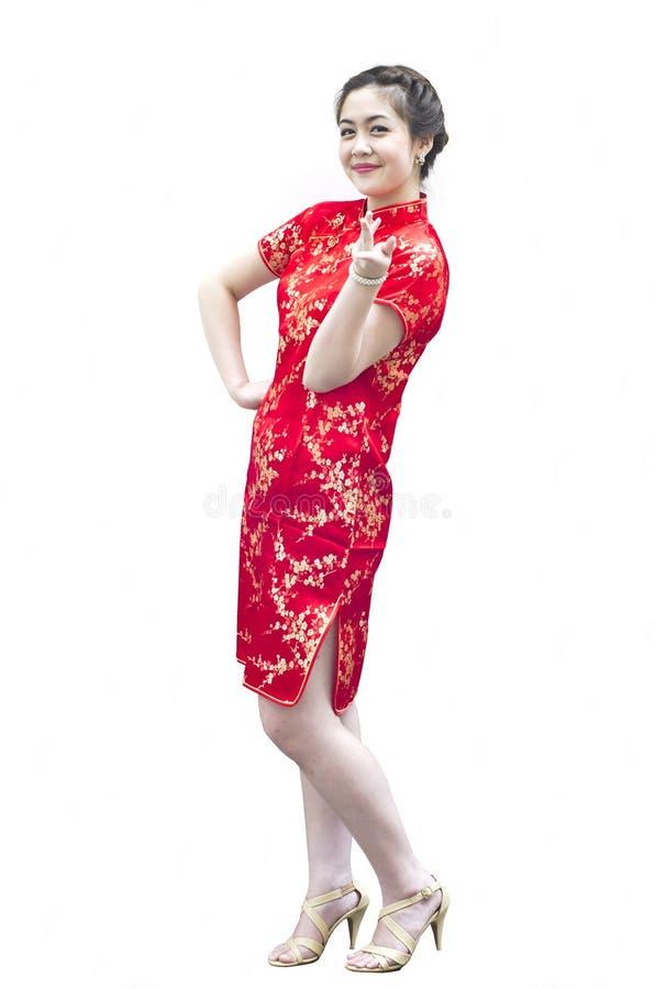 Lächelndes schönes chinesisches Gestikulieren der jungen Frau lizenzfreies stockfoto