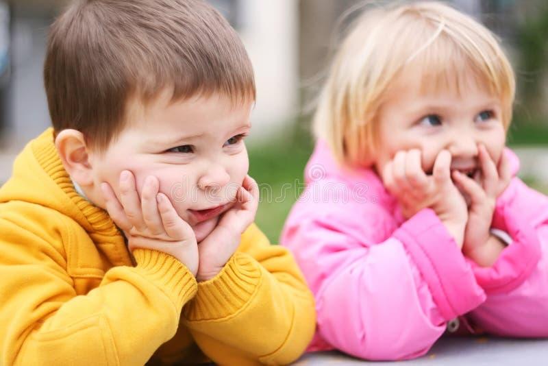 Lächerliche Kinder lizenzfreie stockfotos